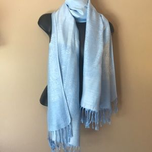 Accessories - Large baby blue scarf